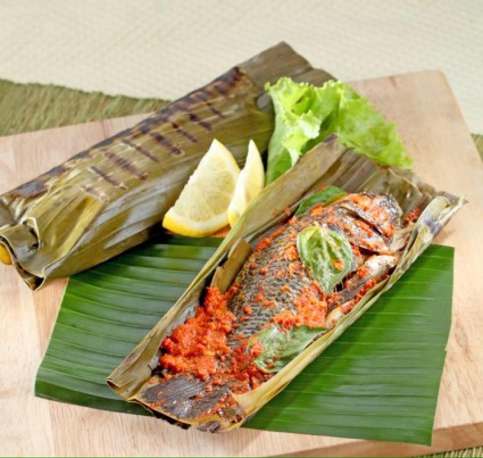 Image result for ikan pepes east timor